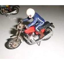 Moto Roja con Piloto Guisval
